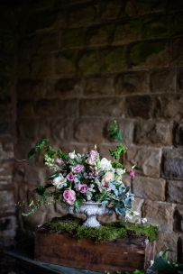 Roses and lisianthus.
